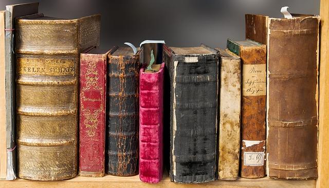 historické knihy.jpg